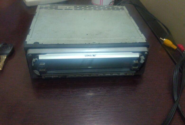 Após furtar aparelho de som, ladrão é detido no CDHU