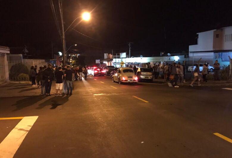 """PM, GCM e fiscalização impedem realização de """"pancadão"""" e baile funk na cidade"""