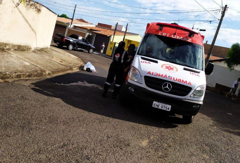 Após convulsão, homem morre no São Carlos 5