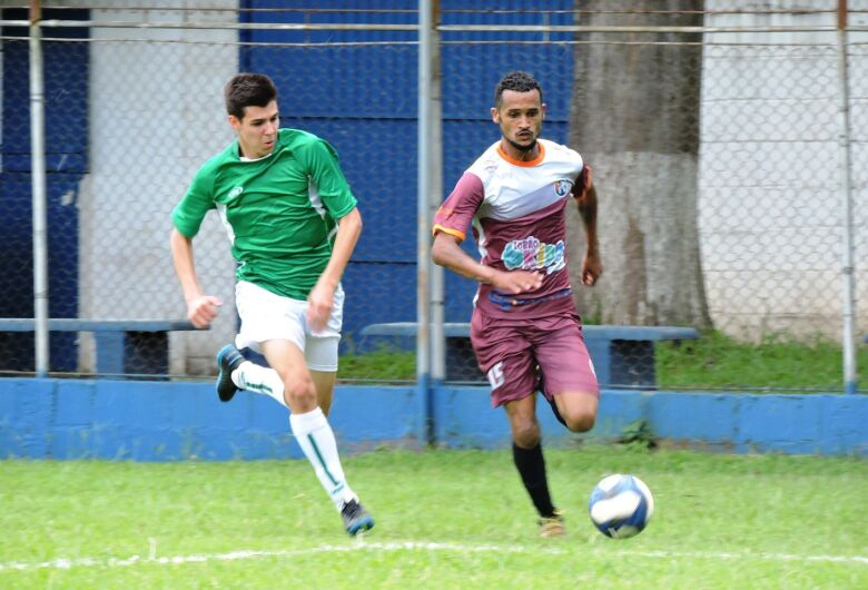 Madureira e Quem Procura Acha voltam a vencer e lideram a Copa São Carlos