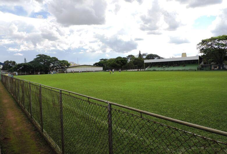 Quatro jogos marcam a abertura da Copa São Carlos