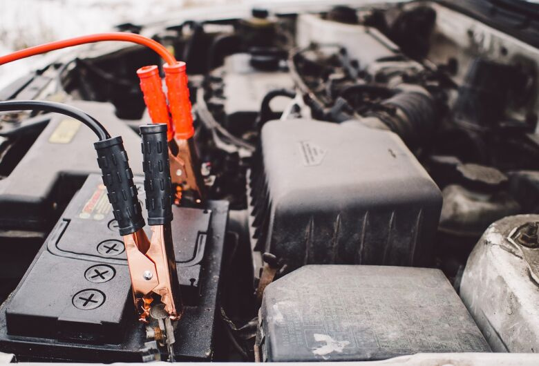 Cuidado para a bateria do seu carro não te deixar na mão