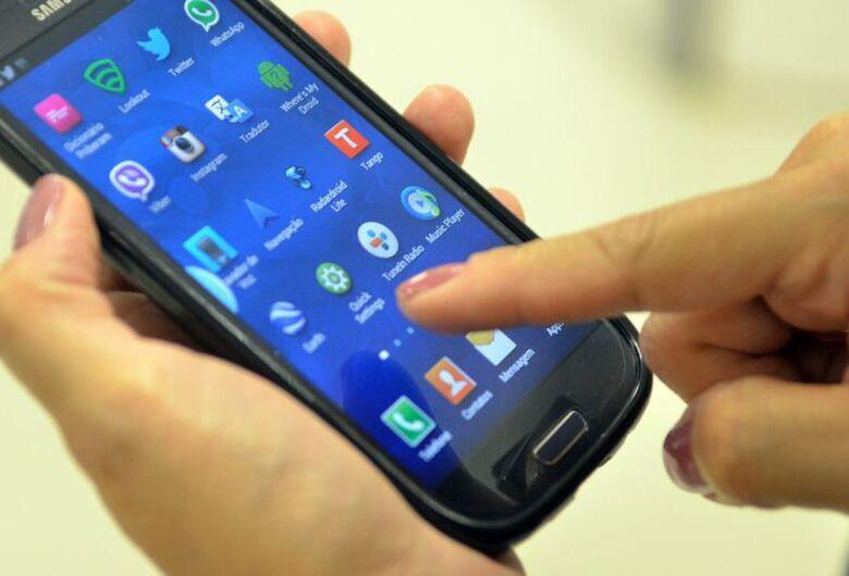 Mesmo sem horário de verão, celulares atrasam relógio em uma hora