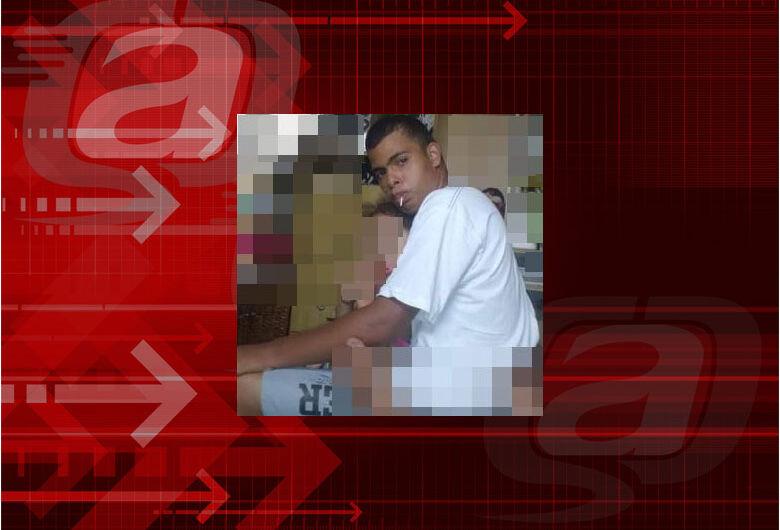 Estudante da APAE está desaparecido e mãe pede ajuda para encontrá-lo