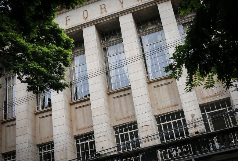 Vereador propõe isenção de Área Azul para jurados do Tribunal do Júri de São Carlos