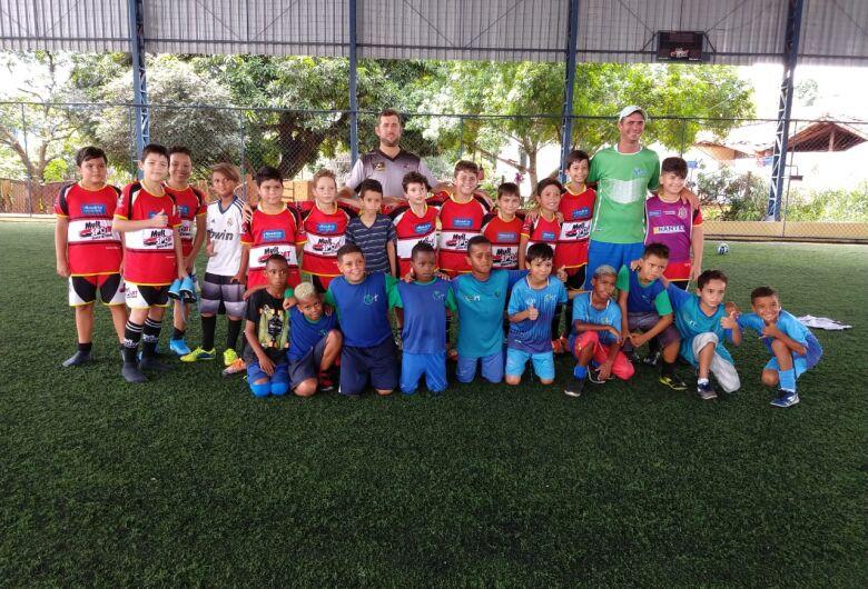 Mult Sport realiza jogos amistosos com ONG Nave Sal da Terra
