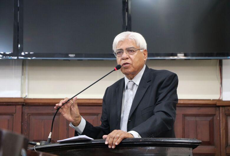 Vereador Azuaite prega maior discussão de reformas administrativa e tributária no país