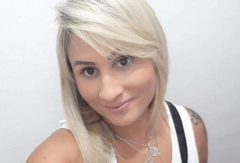 Laudo revela que jovem foi morta com 35 facadas pelo ex-marido