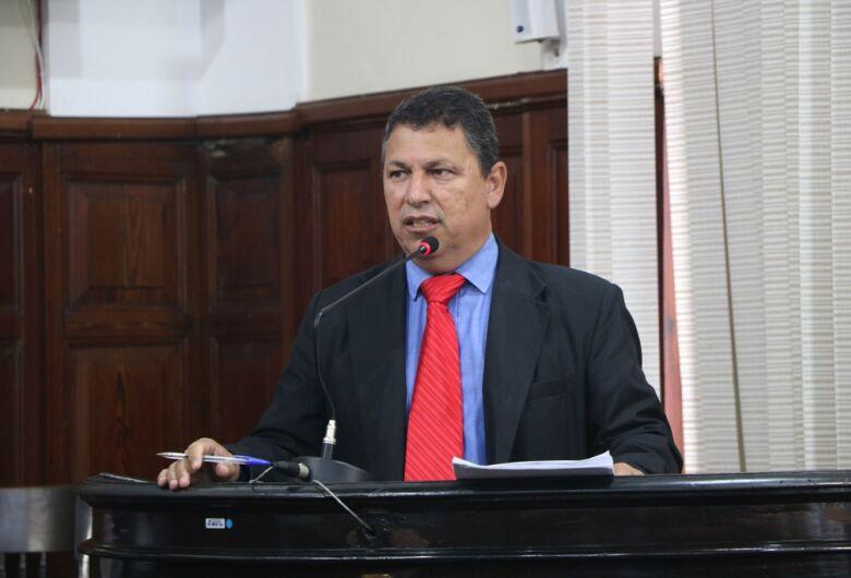 Câmara aprova projeto de Malabim para instalação de câmeras de segurança em escolas municipais