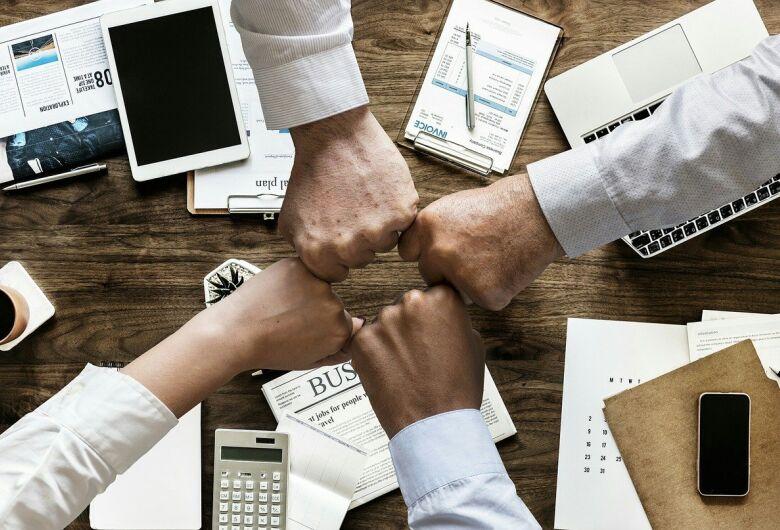 Economia colaborativa: o que é e como ela pode te ajudar?