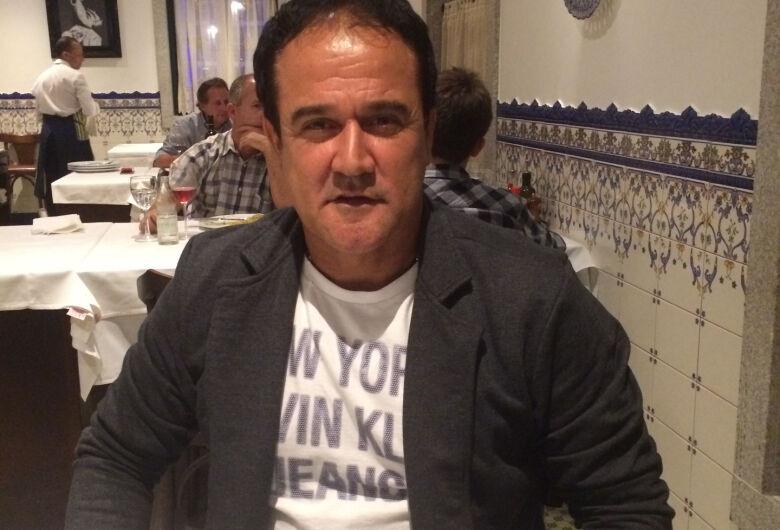 Toninho Carlos será o técnico do São Carlos na Série B