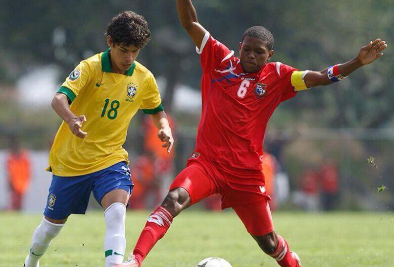 Cristoffer assina com o São Carlos e disputará a Série B