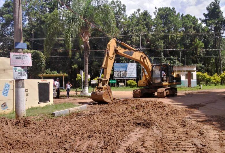 Prefeitura faz trabalhos emergenciais na Quinta da Felicidade
