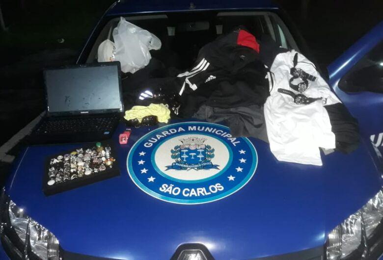 Ladrão é detido pela GM após furto em loja no centro