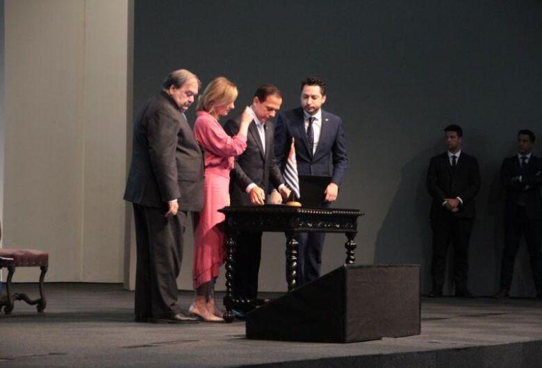 Doria assina atos para repasse de recursos à Fundos Municipais de 262 cidades