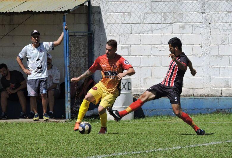 Novo líder no Grupo A marca o encerramento do primeiro turno da Copa São Carlos