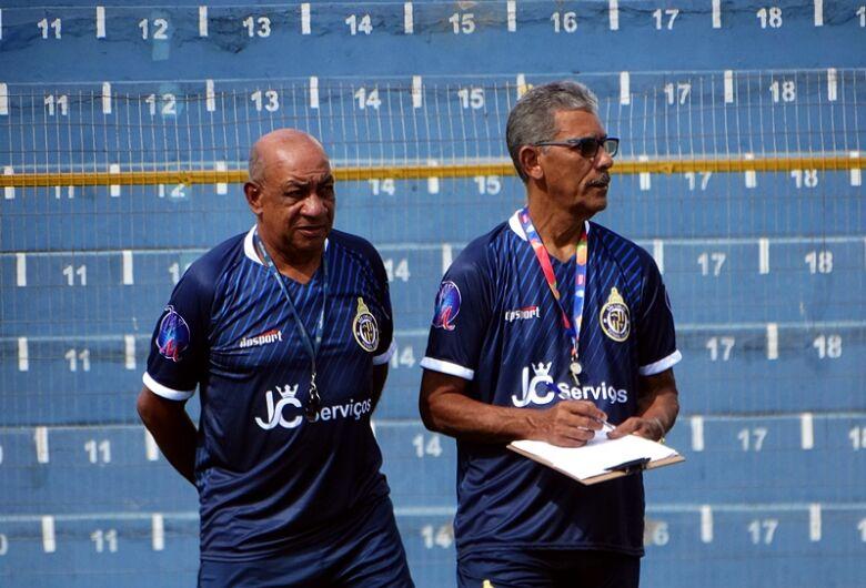 Toninho Carlos não comandará São Carlos e Antonio Lucas assume a direção técnica