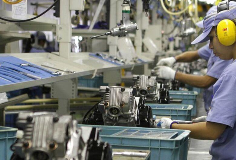 Sindicato dos Metalúrgicos quer que indústrias coloquem funcionários em quarentena