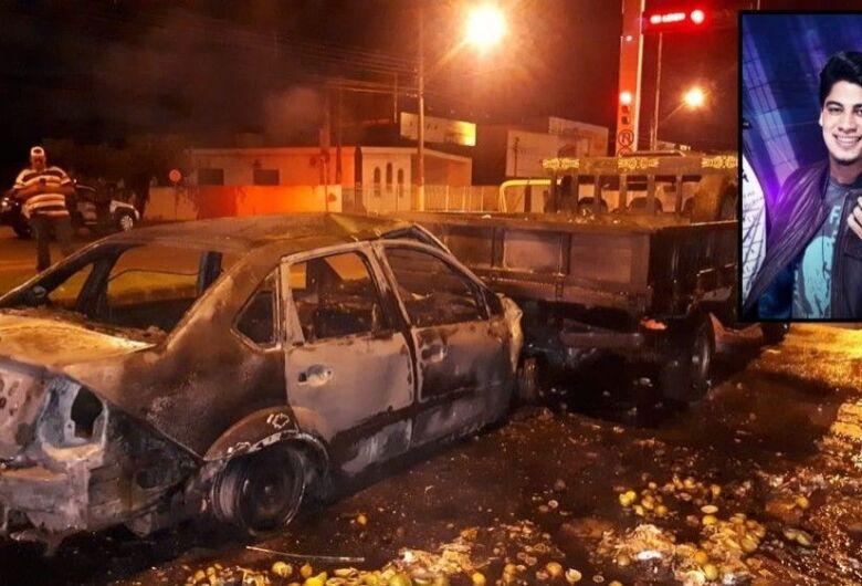 Cantor sertanejo Henrique morre após acidente no interior de São Paulo