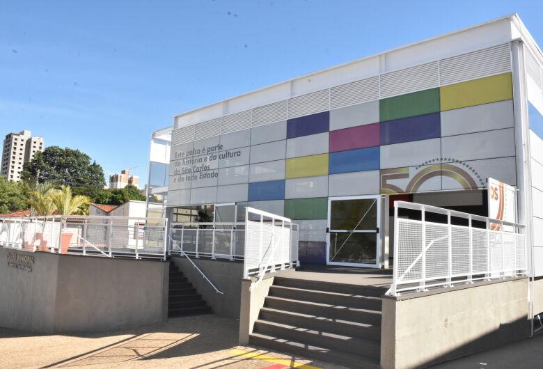 Branca de Neve e Frozen são algumas das atrações do Teatro Municipal Alderico Vieira Perdigão