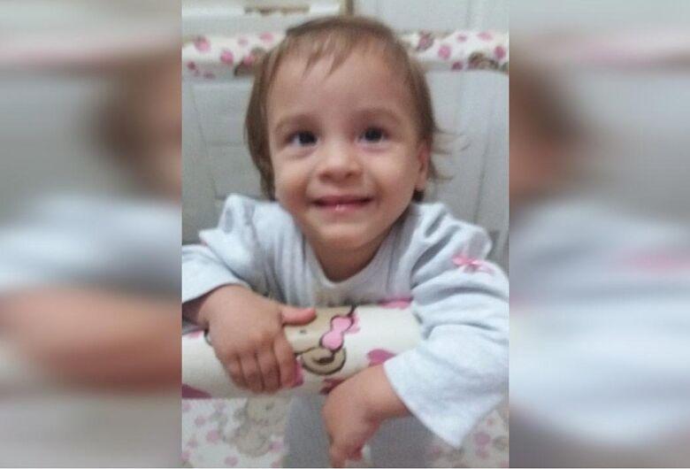 Após nova confissão da mãe, corpo da garota Isis Helena é encontrado