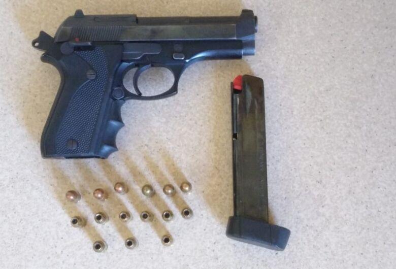 Motoboy é detido com arma e munições no Jóckey Club