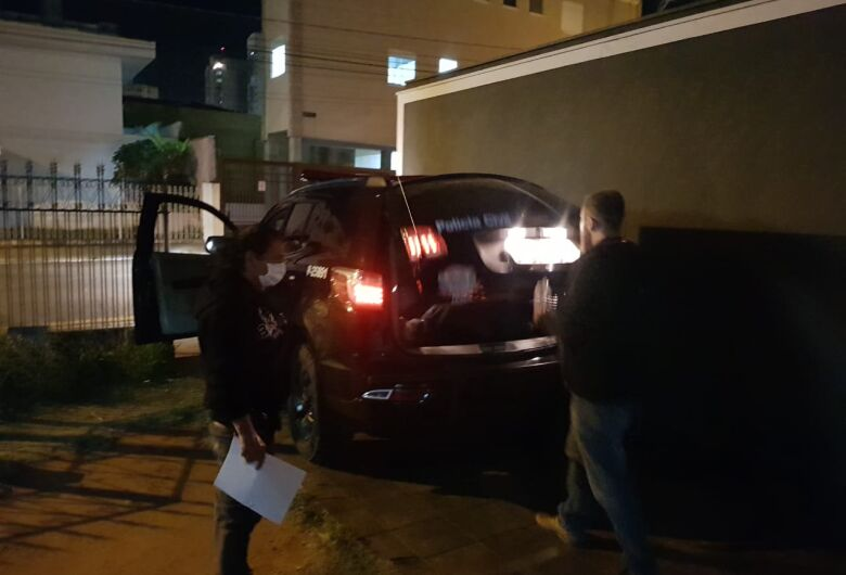 Homem é preso dirigindo carreta roubada com defensivos agrícolas avaliados em mais de R$ 1,5 milhão