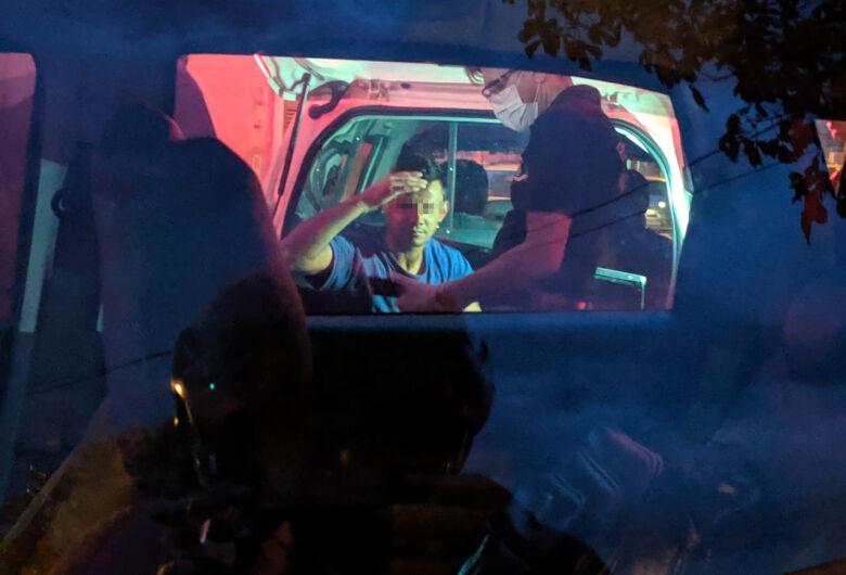 Câmera de segurança mostra chegada de assassino de pizzaiolo no Jardim Embaré