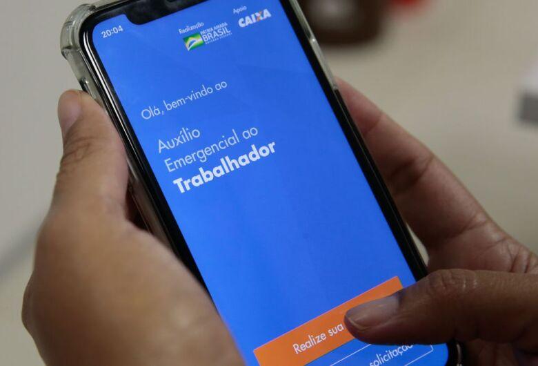 Aplicativo da Caixa permite pagamento de compras em lojas físicas com dinheiro do Auxílio Emergencial
