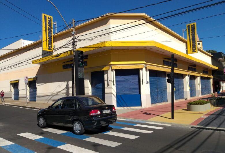 Justiça acata pedido do MP e determina fechamento do comércio em São Carlos