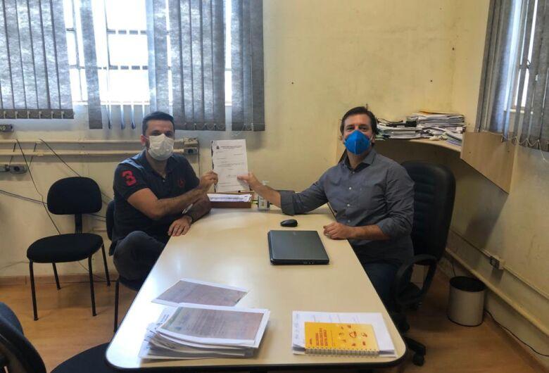 Vereador Rodson comemora: Prefeitura fará a desinfecção do conjunto habitacional da CDHU
