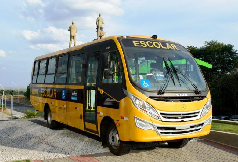Ibaté recebe ônibus escolar da Secretaria Estadual da Educação