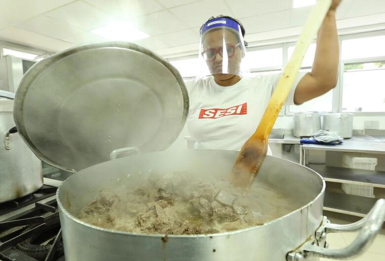 Sesi irá produzir, gratuitamente, 4 milhões de refeições para comunidades carentes no estado de São Paulo