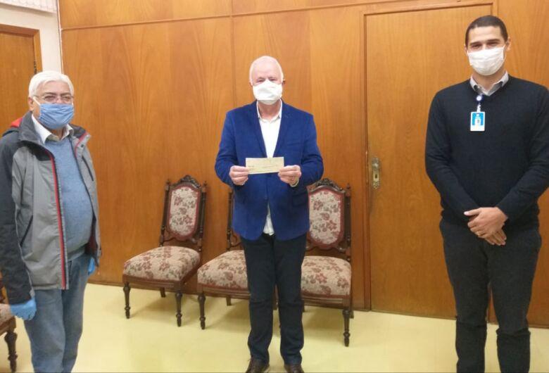 Santa Casa recebe doação de salário do vereador Azuaite Martins de França