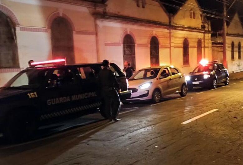 Operação fiscaliza bares e restaurantes em São Carlos