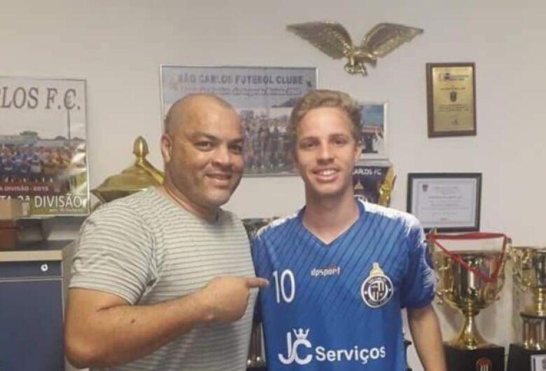 São Carlos FC empresta jogador para clube da Albânia