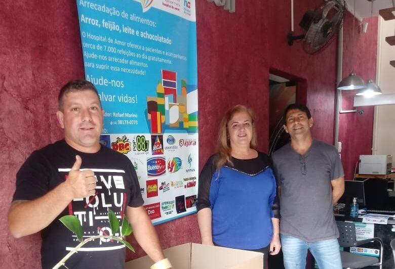 Em campanha, são-carlenses arrecadam alimentos para o Hospital de Amor
