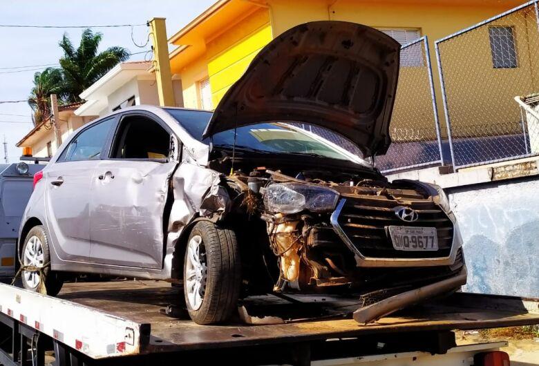 Carro que pode ser clonado é apreendido após acidente no Aracê de Santo Antonio