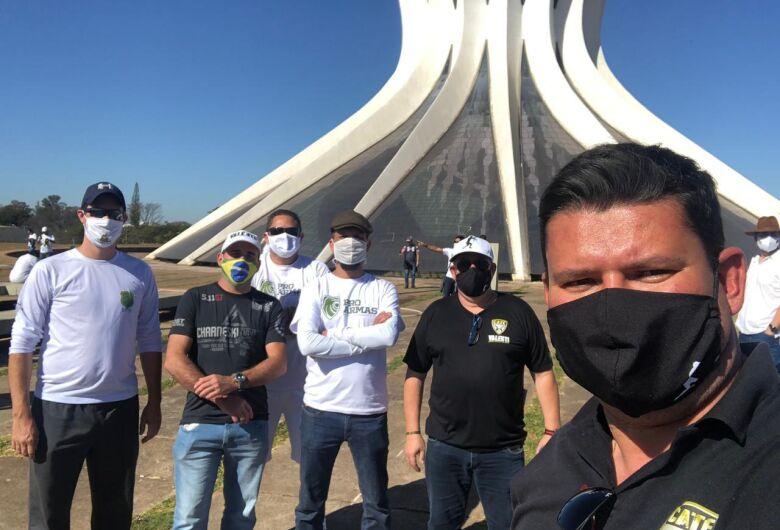 """Proprietário do C.A.T.E. VALENTI participa do """"Movimento Pró-Armas"""" em Brasília"""