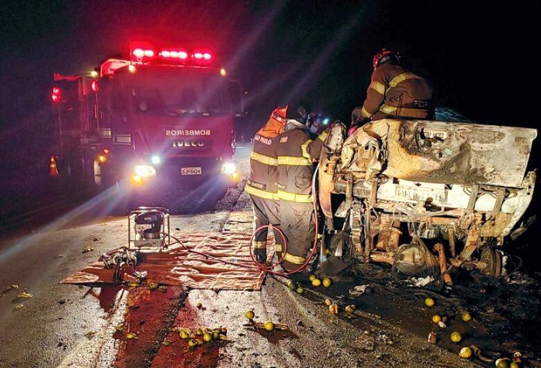 Acidente mata cinco pessoas em rodovia da região