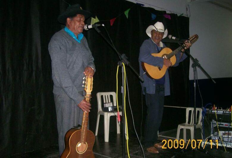 Câmara aprova projeto de Edson Ferreira que homenageia trabalhador e músico Aldurandir Ramos (Dicoca)