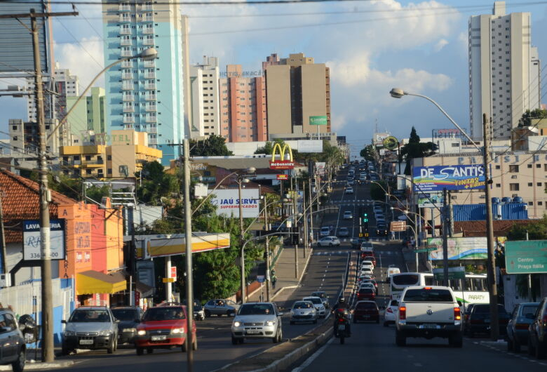 Mesmo com ligeira melhora, São Carlos ainda registra saldo negativo de empregos
