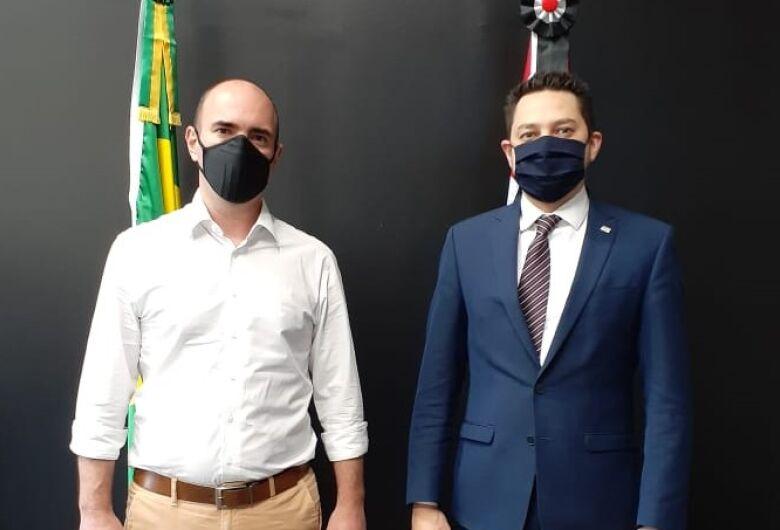 Netto Donato busca soluções para a economia de São Carlos