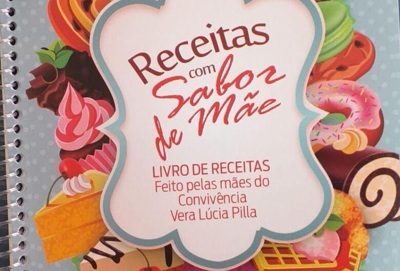 Idosos do CRI Vera Lucia Pilla lançam livro de receitas