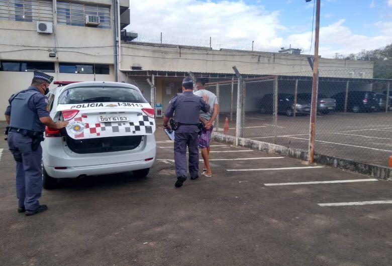 Acusado de matar desafeto com golpes de capacete é preso pela PM na Vila Prado