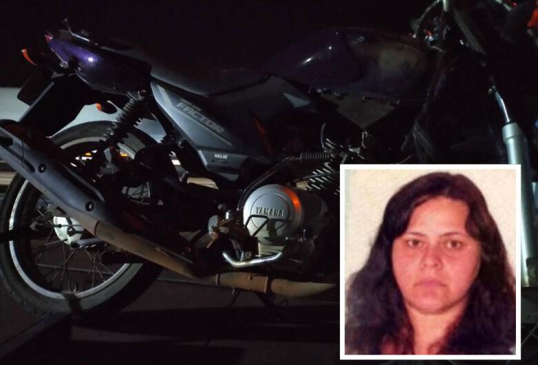 Mulher morre em acidente de moto na rodovia Washington Luis