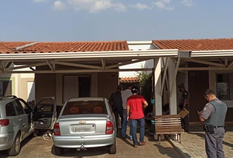 Força-tarefa interdita escola clandestina que funcionava dentro de condomínio em São Carlos