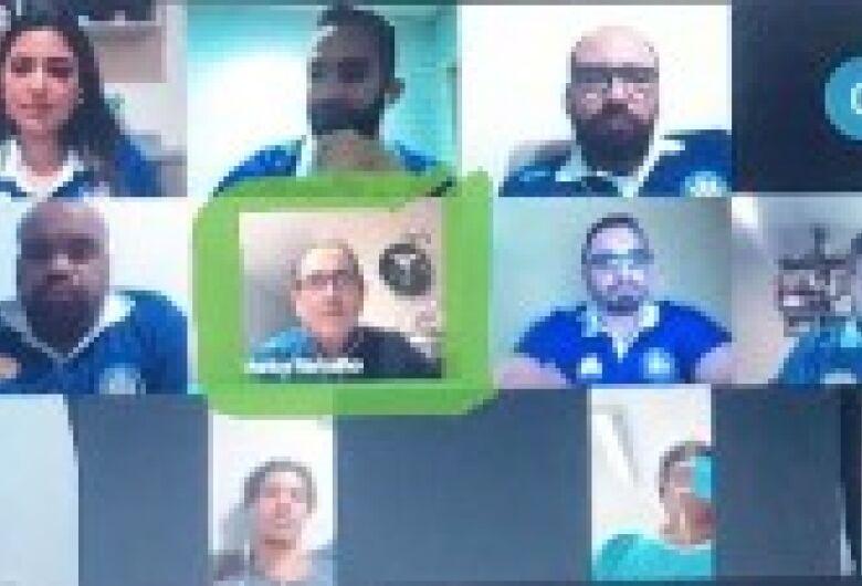 Muricy Ramalho dá conselhos em teleconferência do Grêmio São-carlense