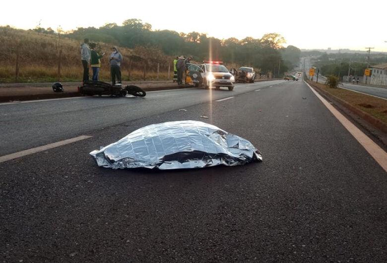 Jovem morre em acidente de moto na região