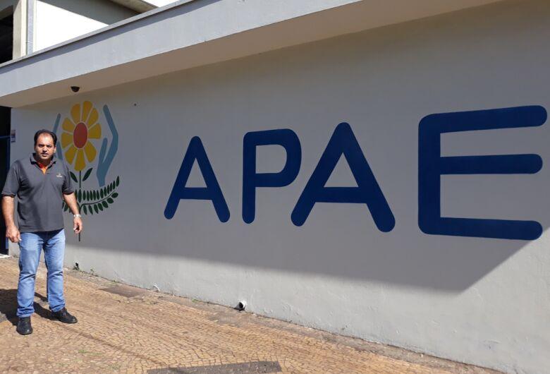 Vereador Sérgio Rocha destina R$ 30 mil de emenda parlamentar para Apae